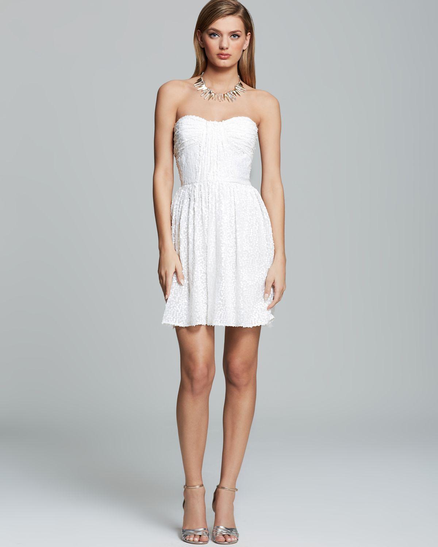 vestidos de novia informales y cortos
