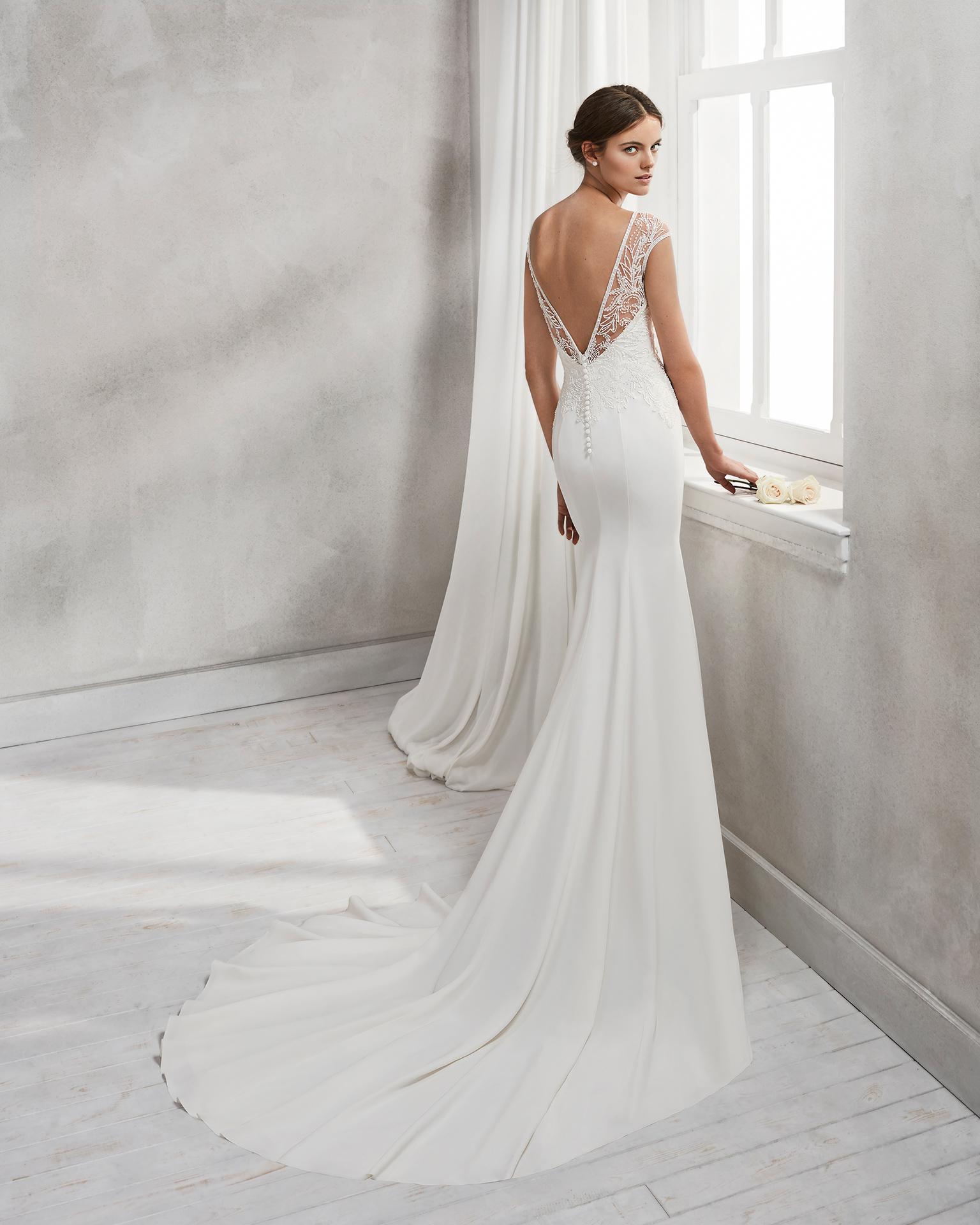 vestidos de novia corte sirena con cola