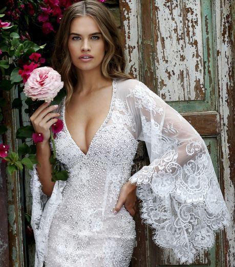 vestidos de novia con mangas campana