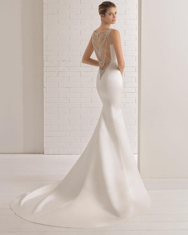 vestidos de novia con pedreria